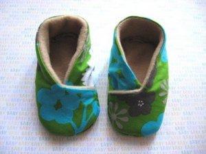 como fazer sapatinho de bebê,Sapatinhos de bebe,Sapato de bebe,Como fazer sapato de bebê de tecido,como fazer sapatinho de bebe passo a passo,como fazer sapatinho para bebê,como fazer sapatinhos de bebe,sapatinho de bebe com perola,sapatinho para bebê