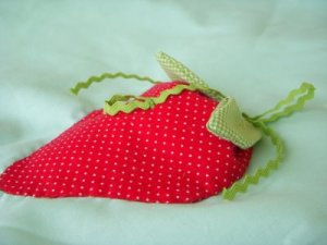 strawberry-applique